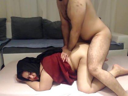 INDIAN DESI BHABHI FUCKED HARD BY HER DEVAR SECRETLY AT HOME !