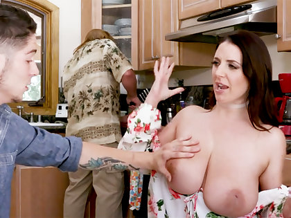 Regressive stepson never saw such huge tits before