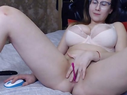Lovely chubby big titted girl masturbating with the addition of having relaxation