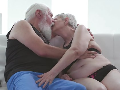 Old man fucks a difficulty old granny and cums on her saggy special