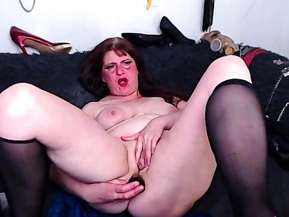matured bdsm lady anal toying